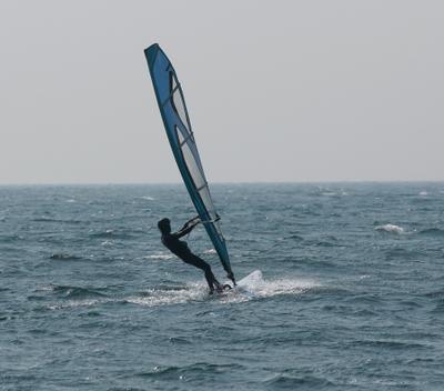 Surfer002sz900