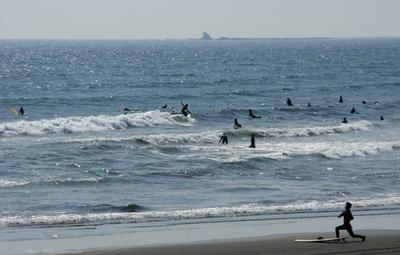 Surfer008sz1200